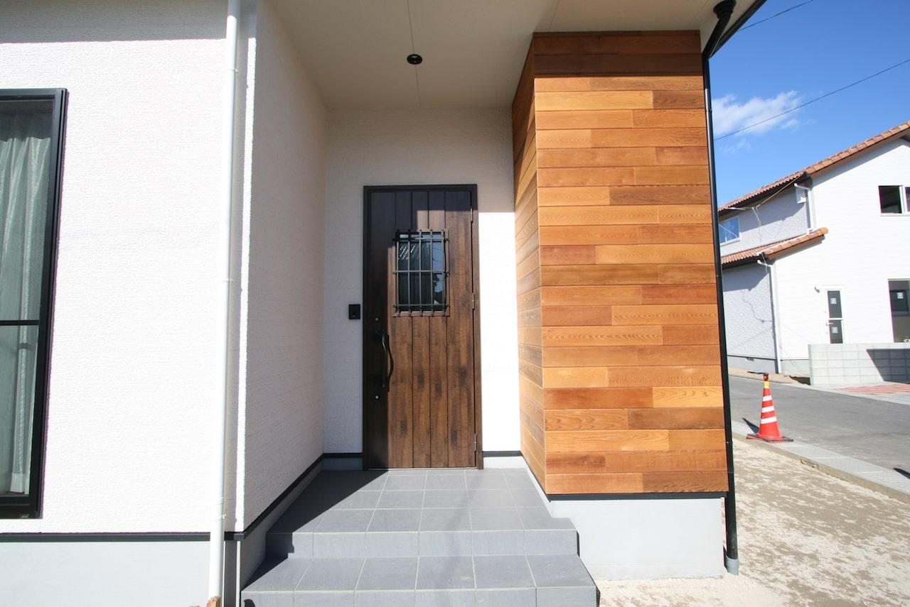 福山市の注文住宅|今井住建の家づくりガイド「工務店とハウスメーカーの違いって何か知っていますか?」