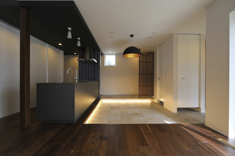 白い箱の家のLiving Room