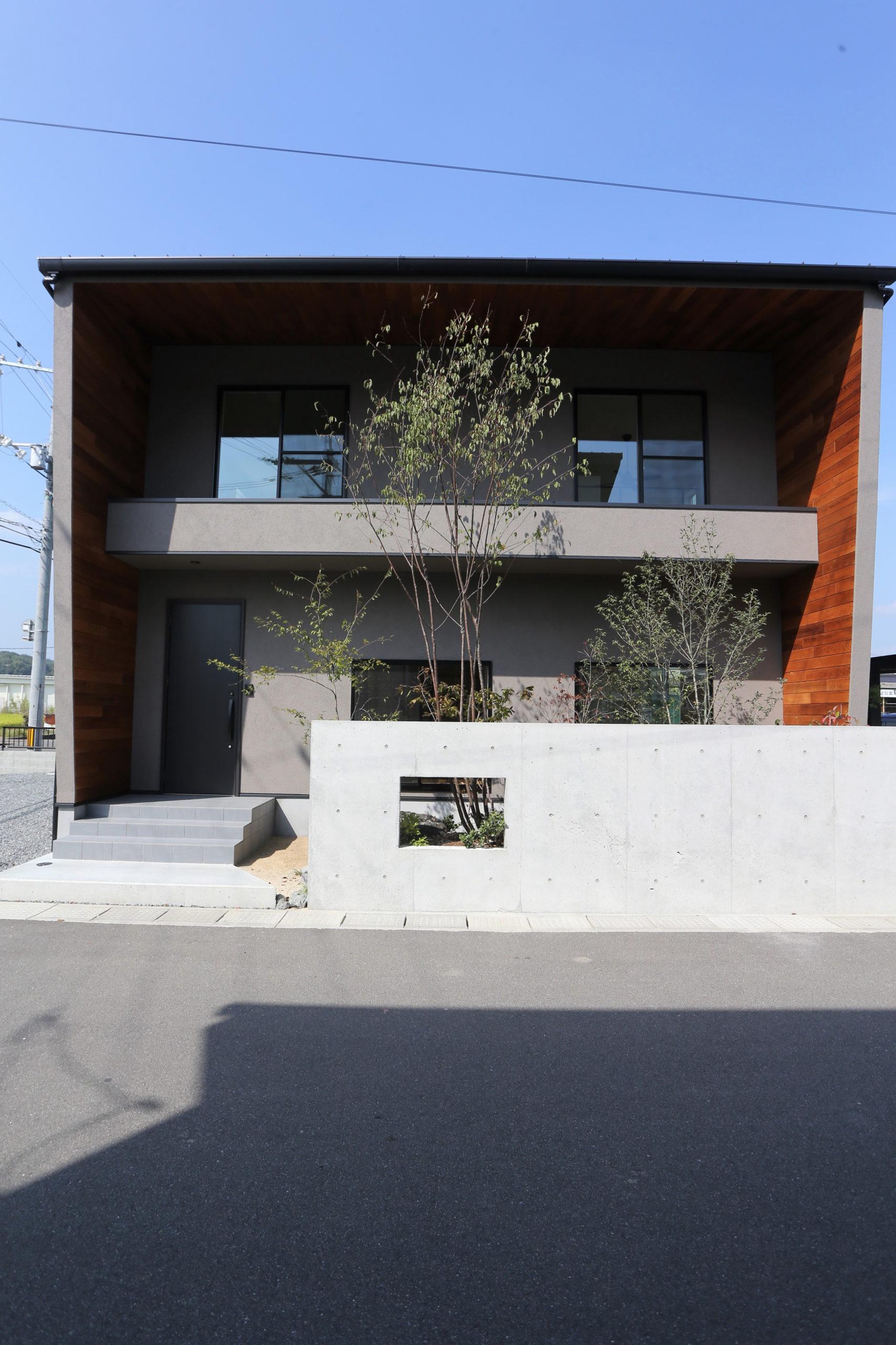 福山市の注文住宅|今井住建の施工事例ギャラリー「外構も素敵な家の一部」