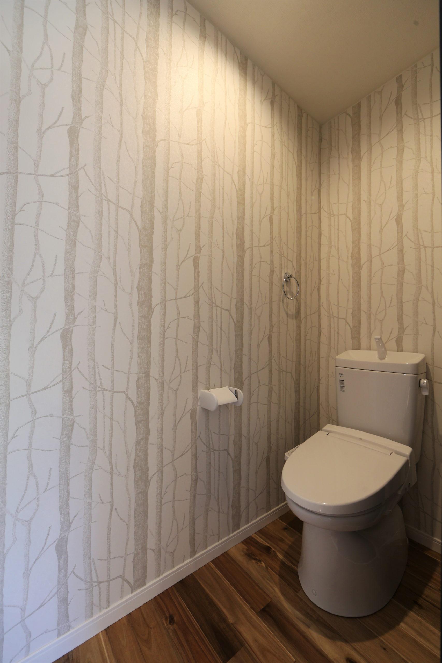 福山市の注文住宅|今井住建の施工事例ギャラリー「壁紙で空間を分けてみては」