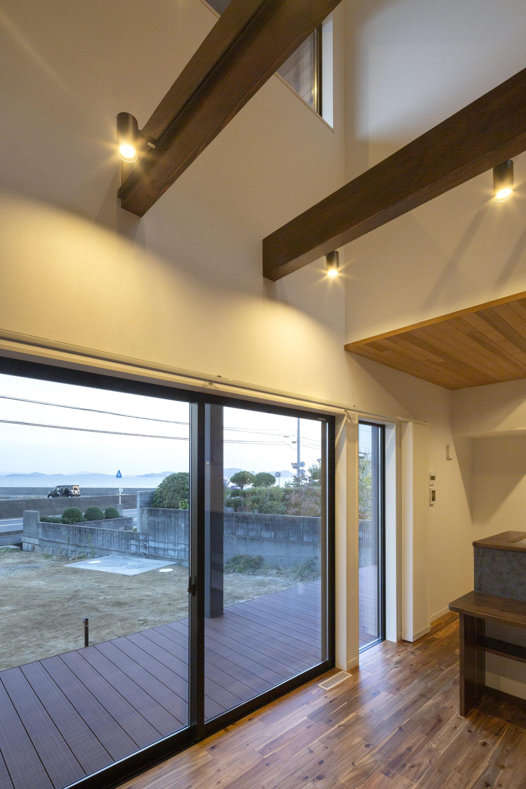 福山市の注文住宅|今井住建の施工事例ギャラリー「ウッドデッキでBBQなんて素敵ですね」