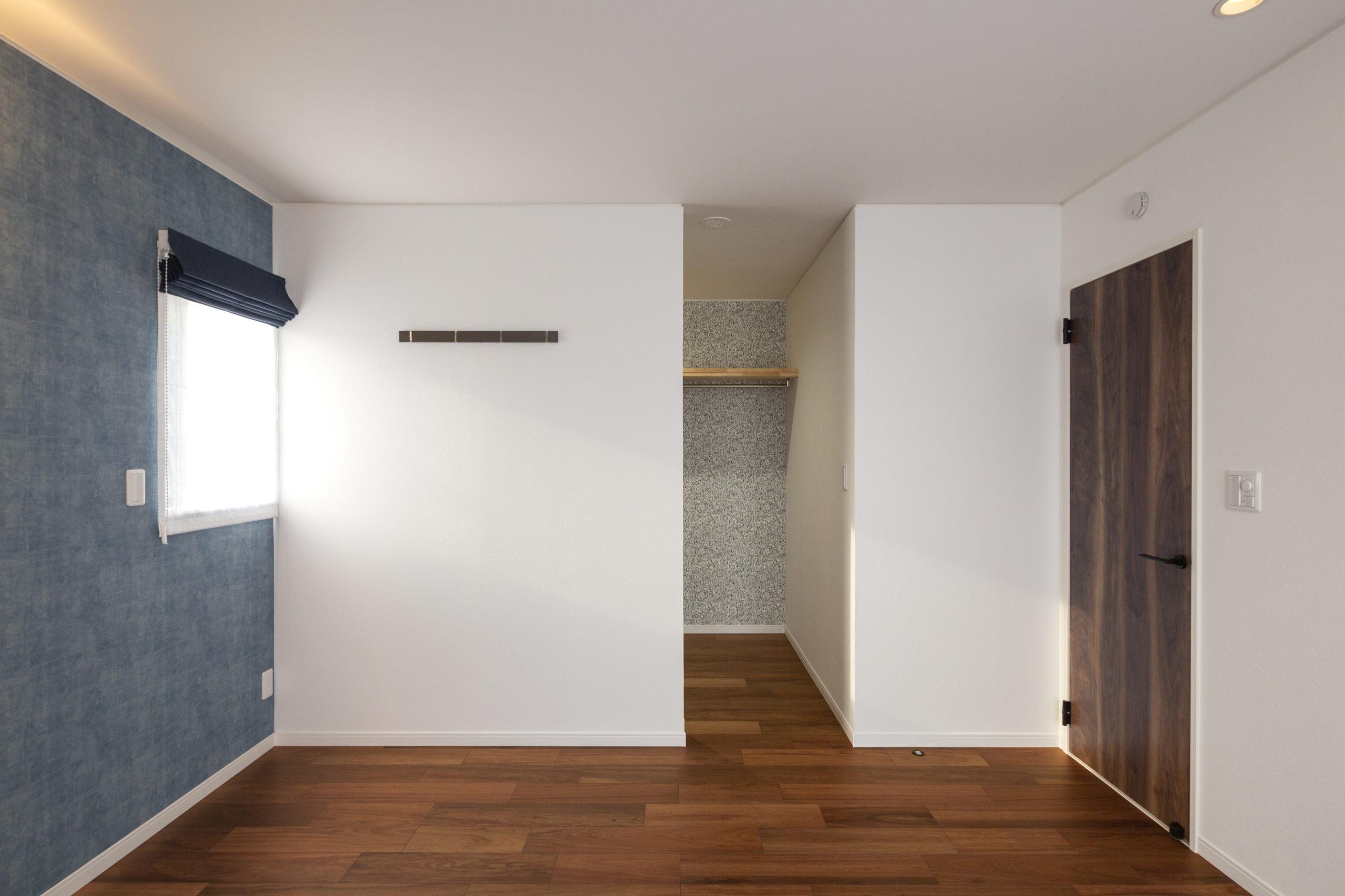 福山市の注文住宅|今井住建の施工事例ギャラリー「クローゼットはあえて空間を分けずに」