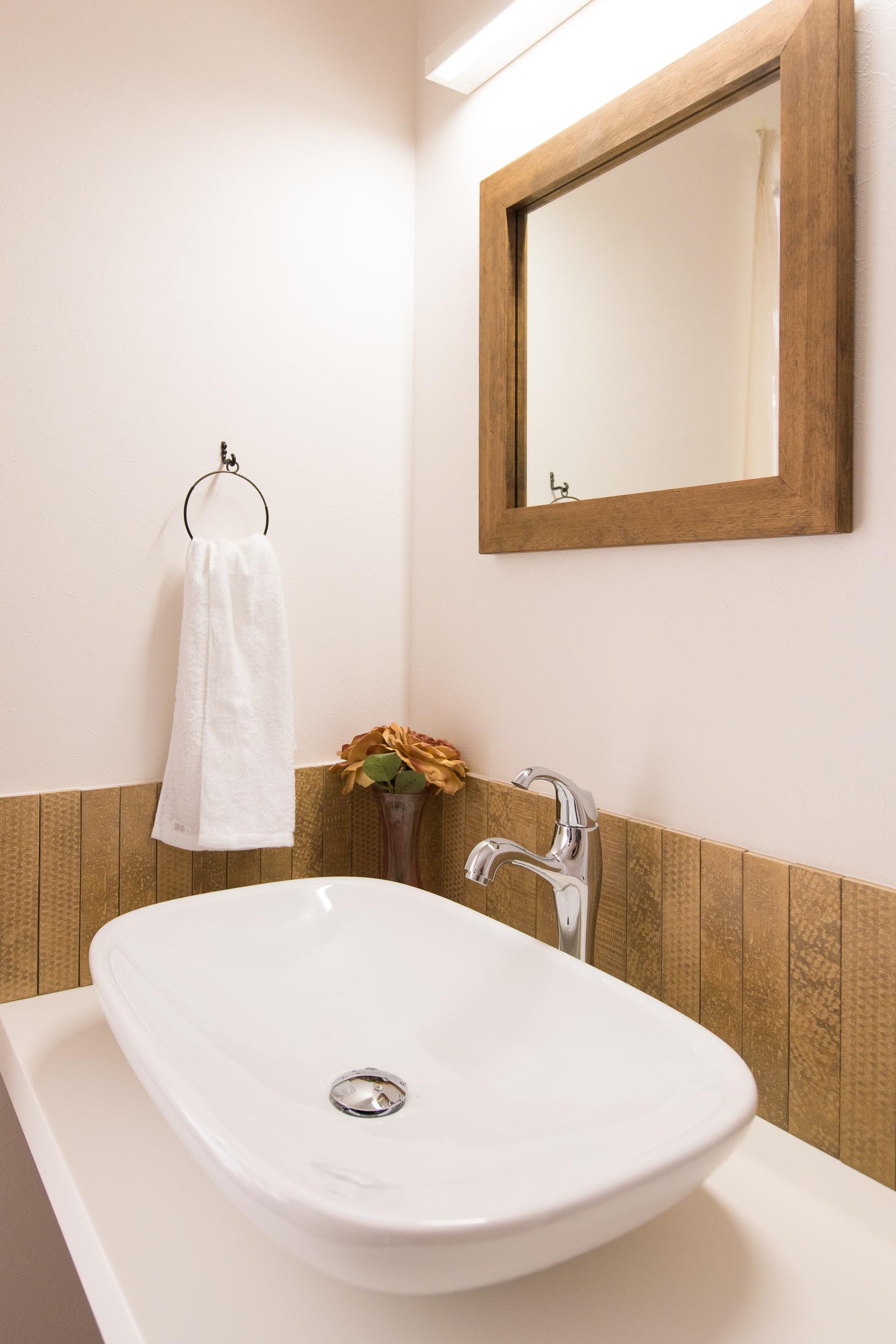 福山市の注文住宅|今井住建の施工事例ギャラリー「憧れの造作洗面に」