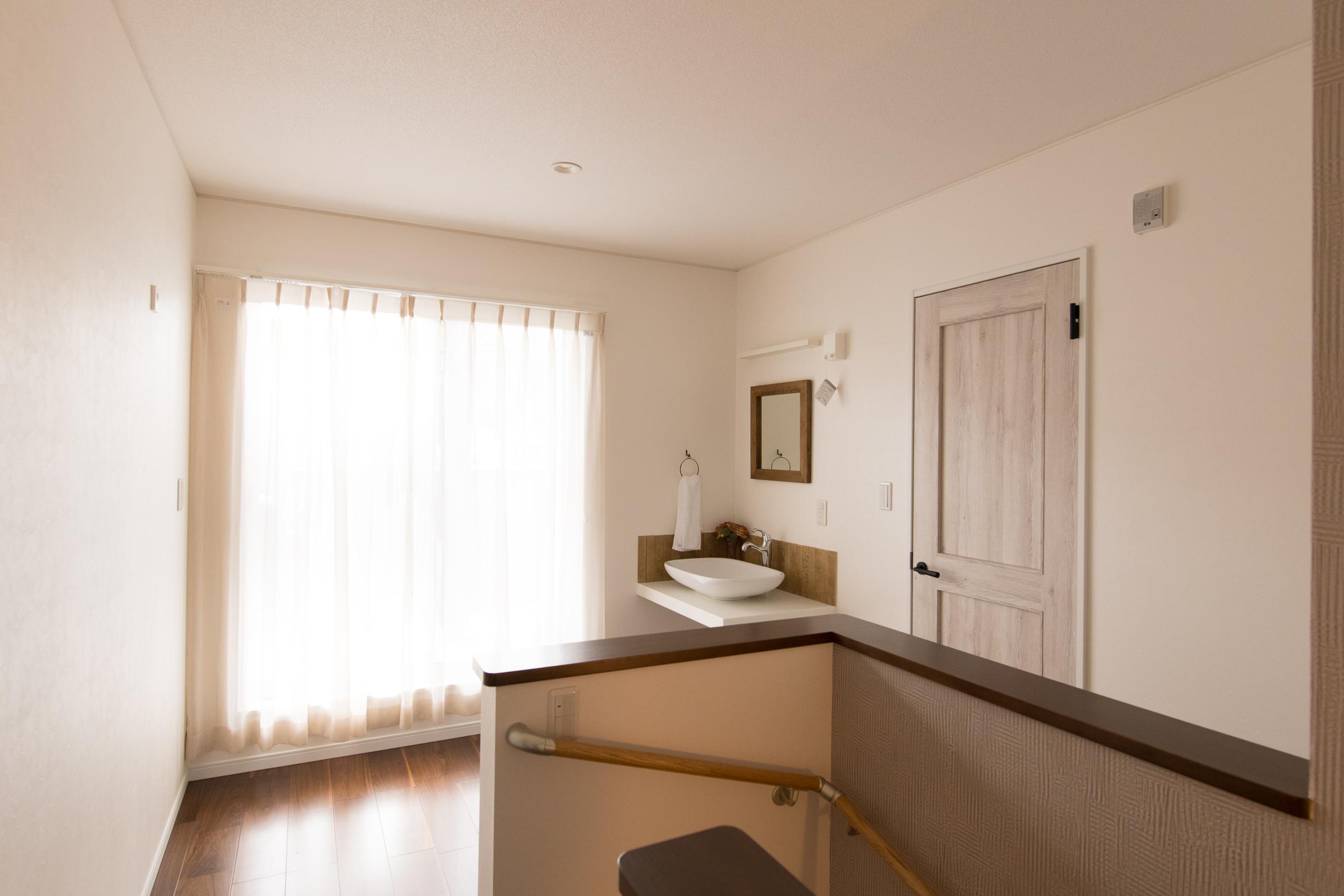 福山市の注文住宅|今井住建の施工事例ギャラリー「階段スペースはしっかり最採光を」