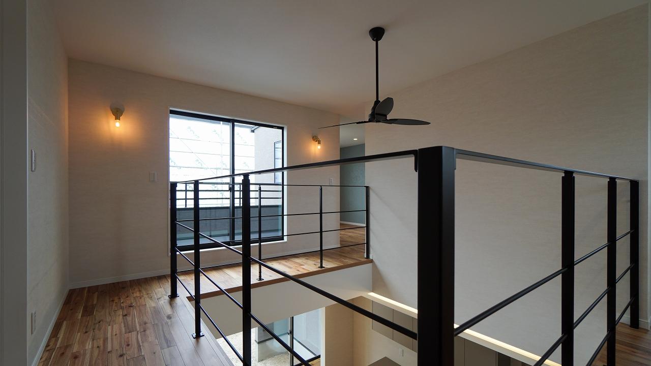 福山市の注文住宅|今井住建の施工事例ギャラリー「吹き抜け空間は見た目も洗濯場所にも◎」