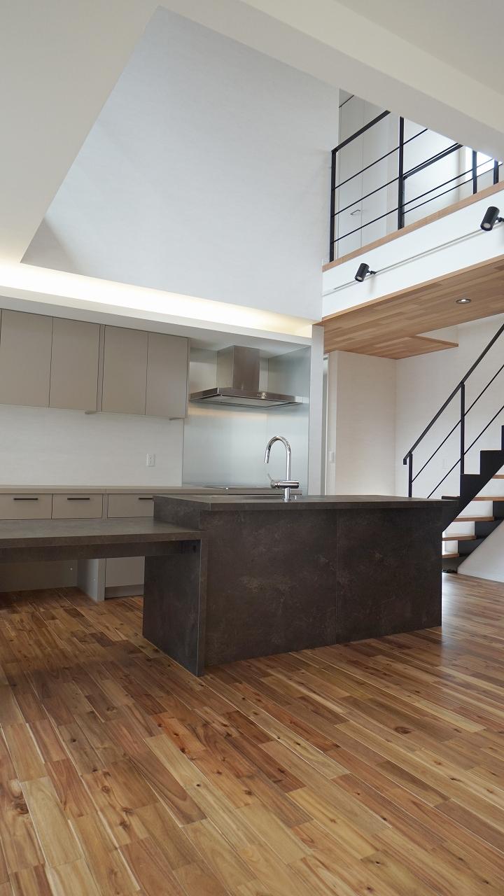 福山市の注文住宅 今井住建の施工事例ギャラリー「広がりのあるキッチン」