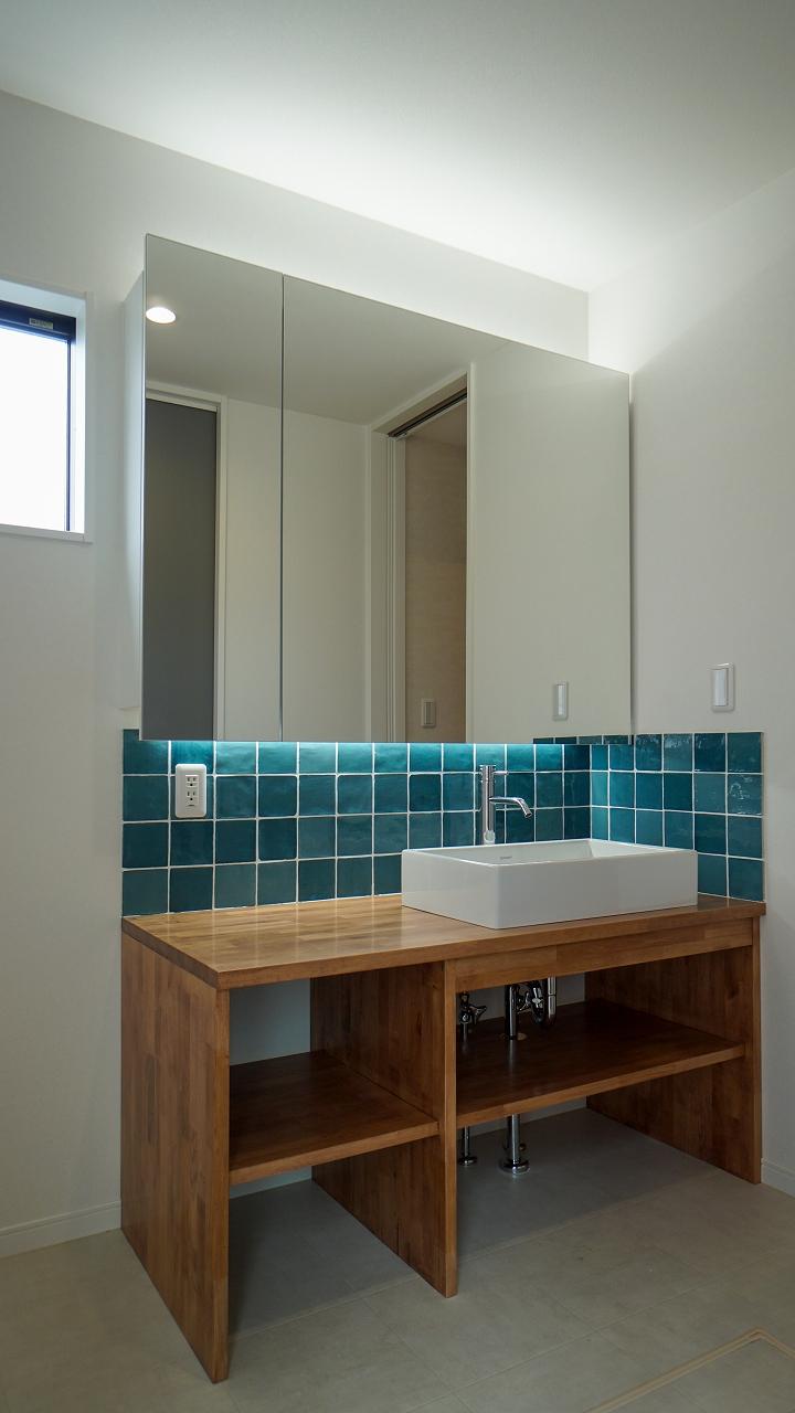 福山市の注文住宅|今井住建の施工事例ギャラリー「間接照明が空間を素敵に演出してくれています」