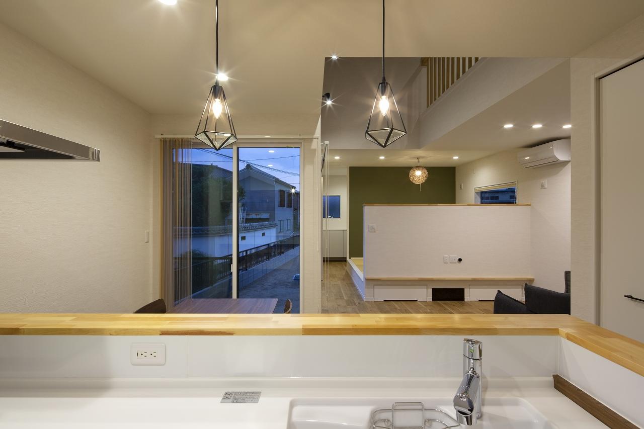 福山市の注文住宅|今井住建の施工事例ギャラリー「キッチン前のペンダントライトはマスト」